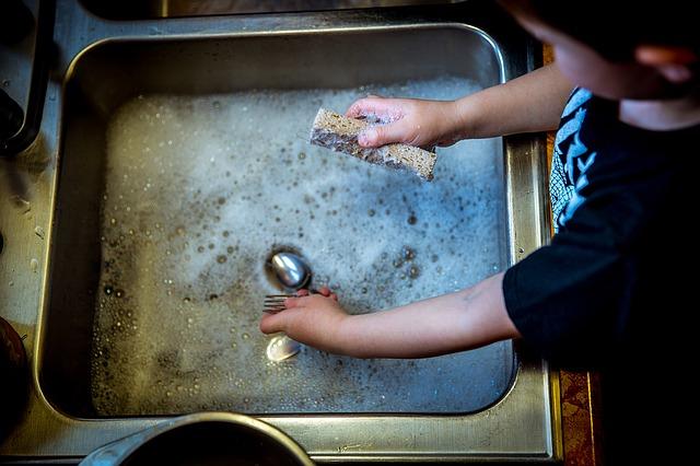mytí nádobí.jpg