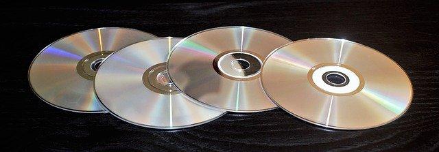 čtyři dvd